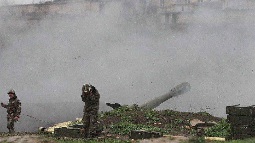Armenian servicemen in Nagorno-Karabakh shell Azeri forces from positions in Mardakert, 3 April 2016