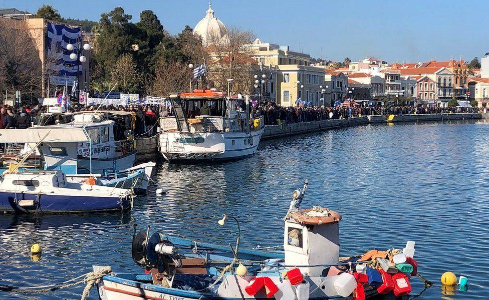 Mytilene port during 22 Jan protest