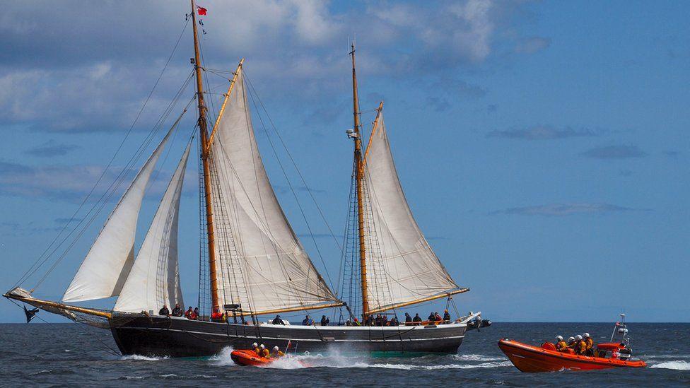 Williams II at sea