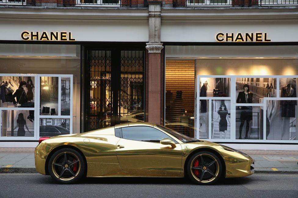Golden Ferrari on Sloane Street