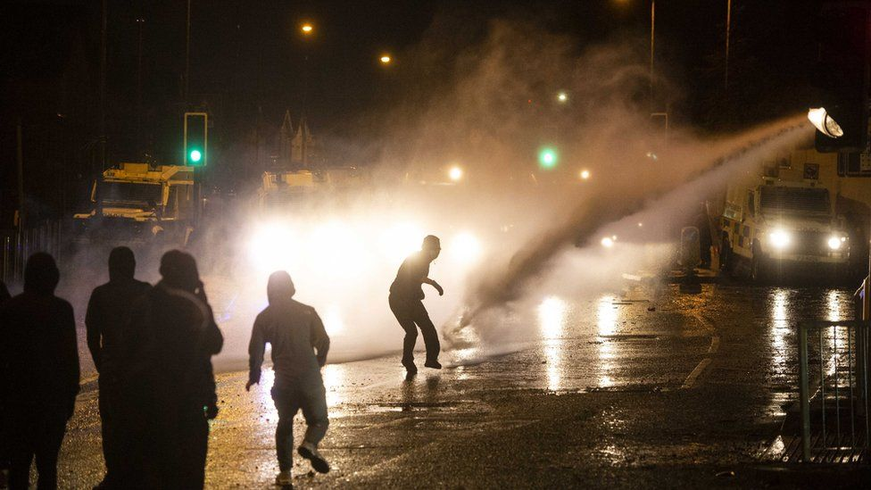 Belfast: Police attacked during another night of violence thumbnail