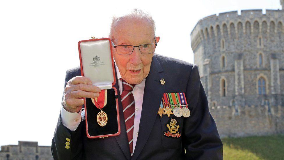 Capt Sir Tom Moore
