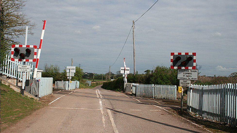 Level crossing at Bradford-on-Tone