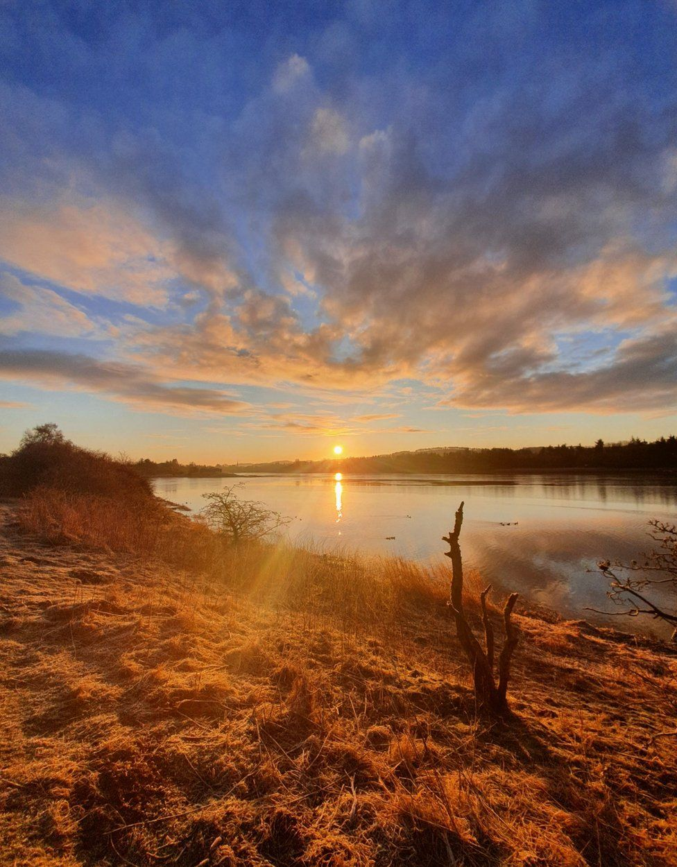 Sunrise at Forfar Loch