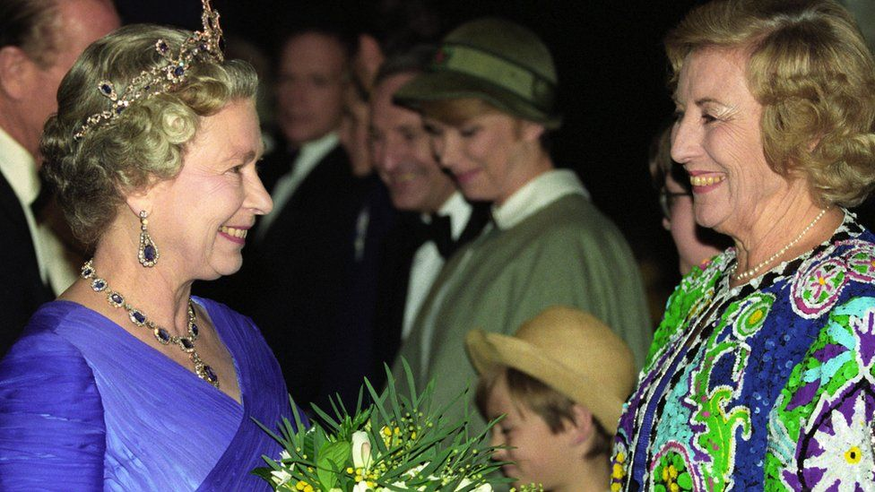 The Queen and Dame Vera Lynn