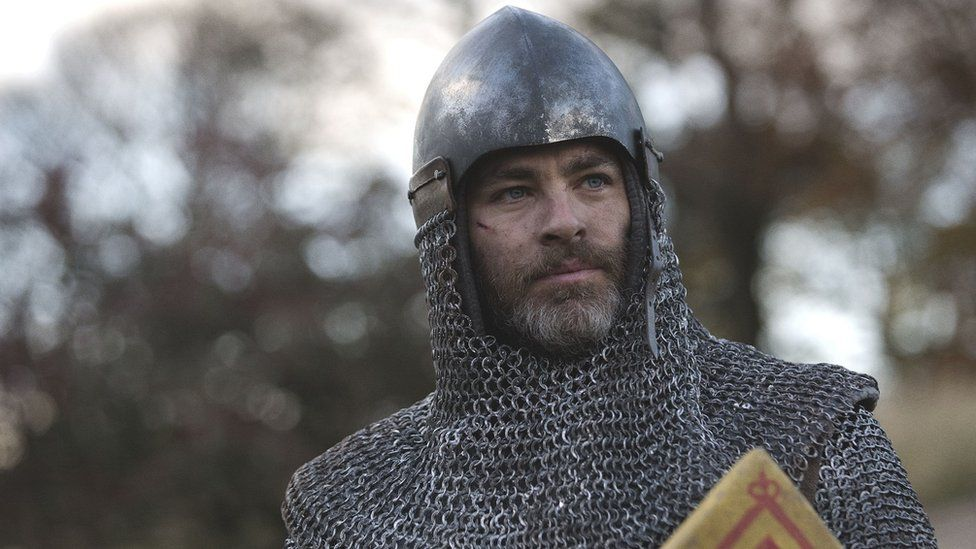 Chris Pine plays Robert the Bruce in new Netflix film Outlaw King