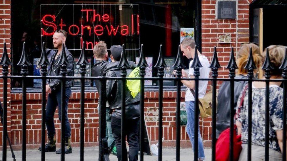 Visitors gather outside the Stonewall Inn in New York. Photo: May 2016