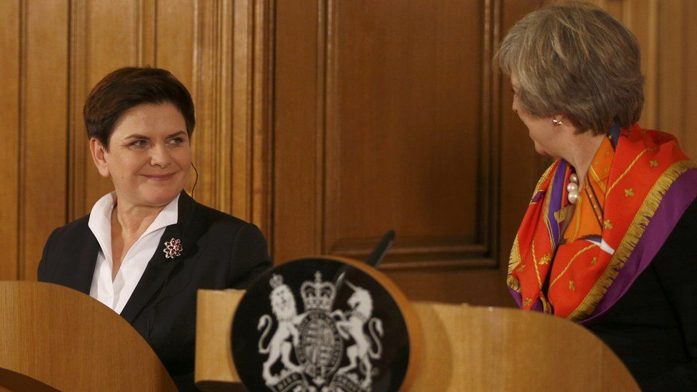 British Prime Minister Theresa May (R) and Polish Prime Minister Beata Szydlo hold a joint press conference at 10 Downing Street on November 28, 2016 in London, England