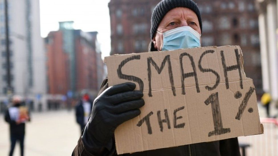 Protest in Manchester, over the proposed 1% pay rise for NHS workers from the government.