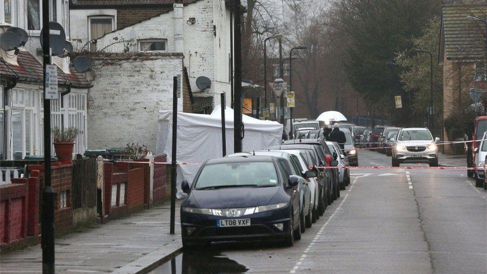 Police cordon on Chalgrove Road