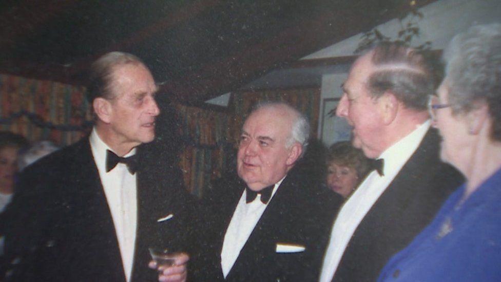 L-R: Prince Philip, Bill Edwards, Graham Crimp