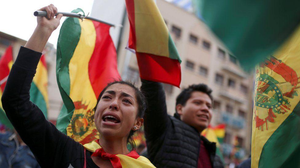 Protesters in La Paz celebrating after Morales' resignation on 10 November 2019