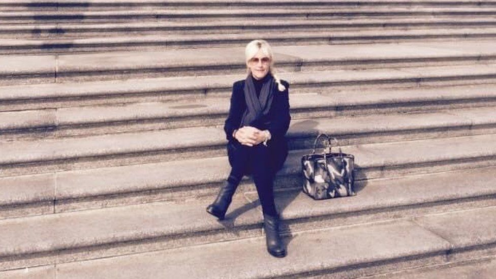 Erin Brockovich on the Steps of the Supreme Court March 2015