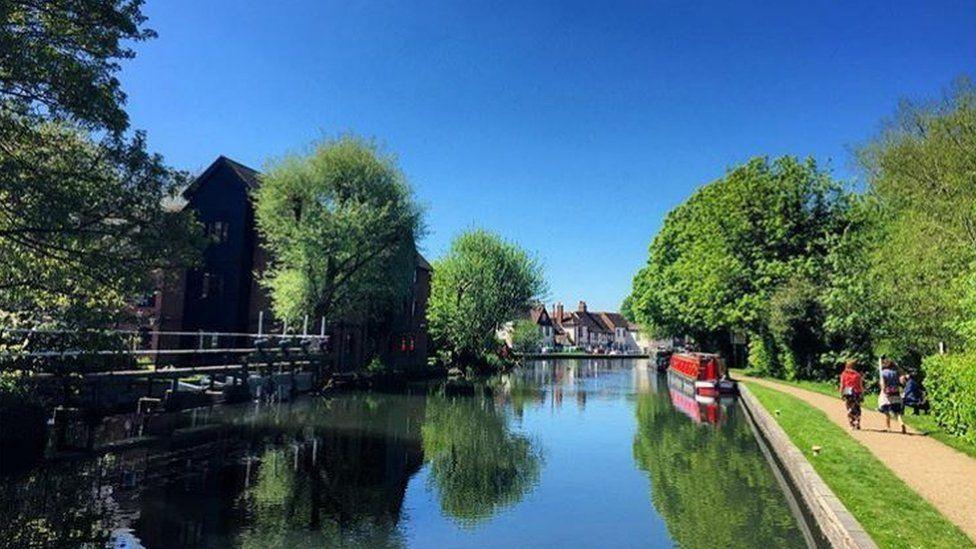 Kennet and Avon Canal in Newbury, Berkshire