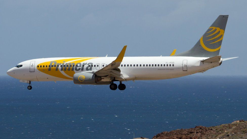 Primera Air: Passengers stranded as airline collapses - BBC News