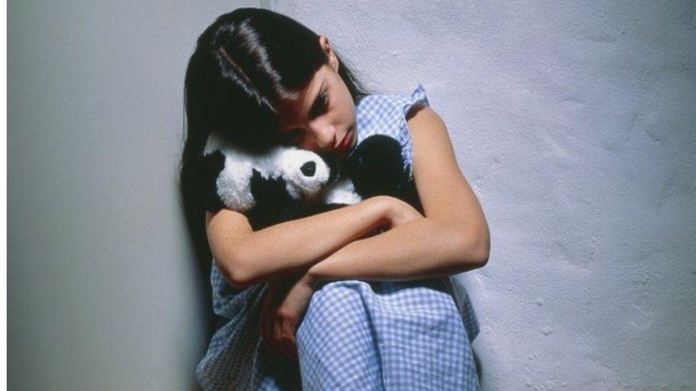 Depressed, lonely girl