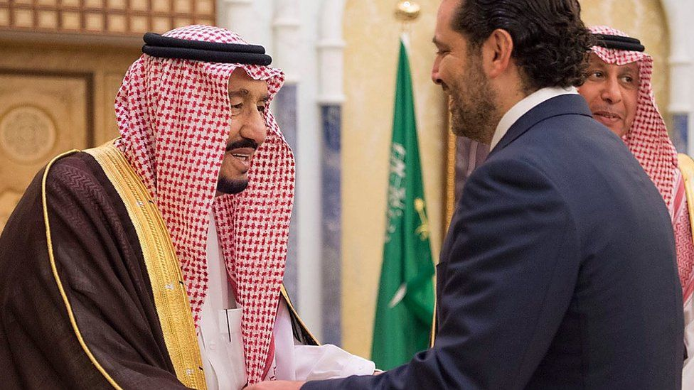 Saudi Arabia's King Salman (L) meets former Lebanese Prime Minister Saad Hariri (R) in Riyadh on 6 November 2017