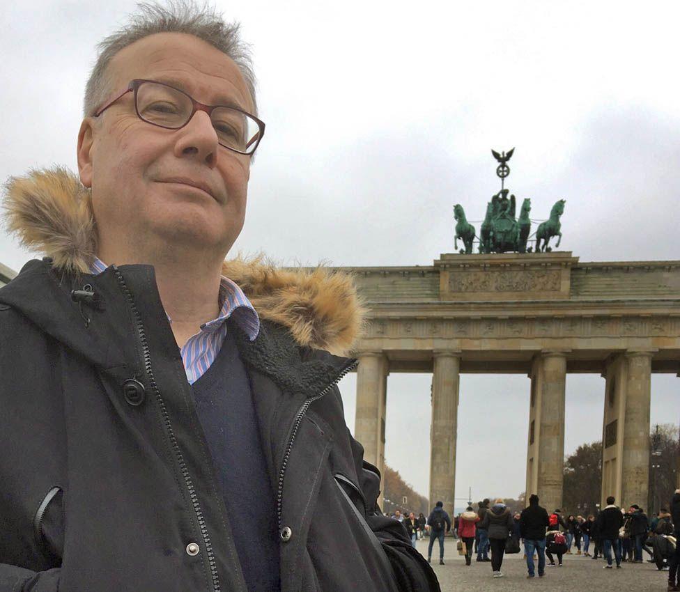 Adrian Goldberg at the Brandenburg Gate