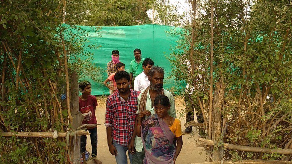 R Venkateshwarlu with his family