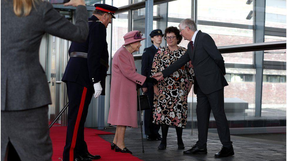 Queen meets Mark Drakeford and Elin Jones