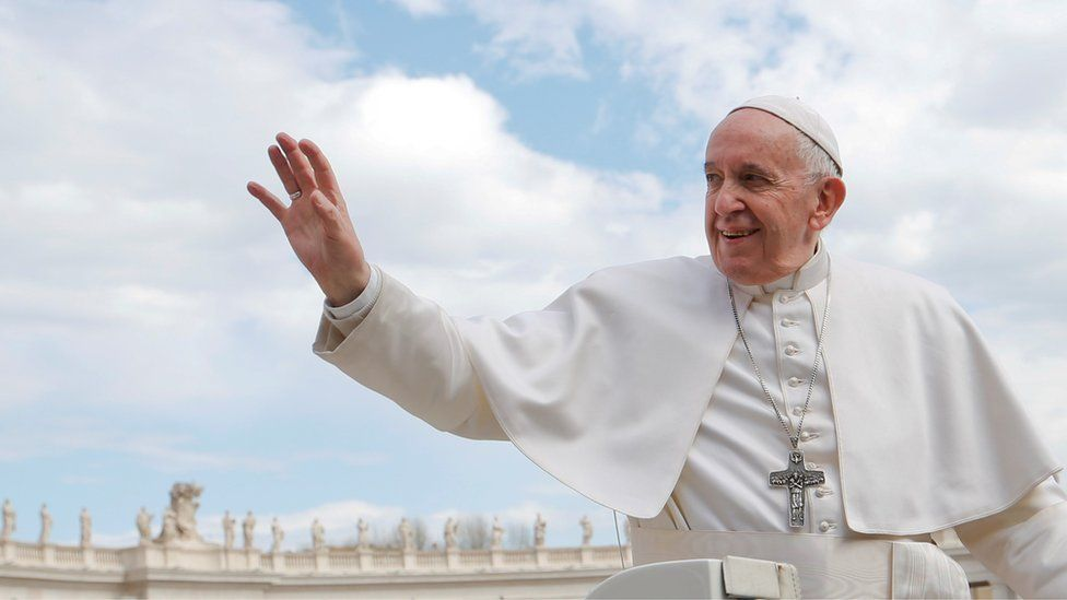Catholic Church: Could Pope Francis say 'yes' to married