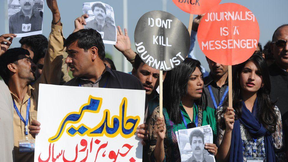 Demonstration against violence against journalists