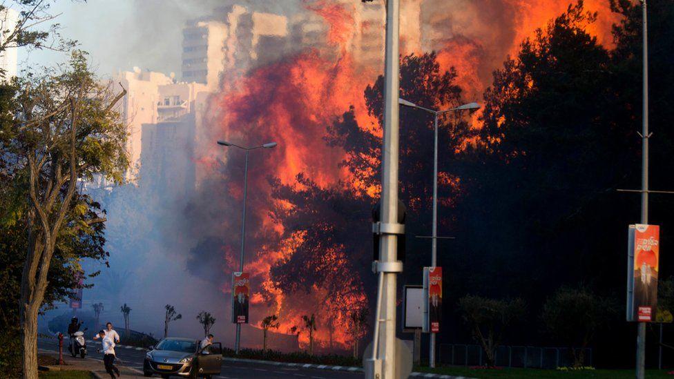 Residents flee fire in Haifa