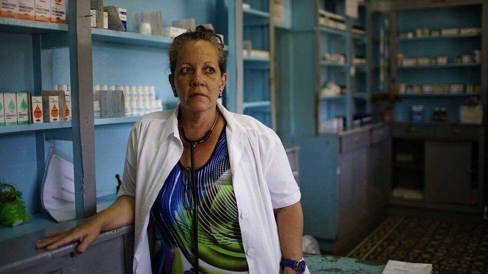 盧阿塞斯(Clara Luaces)醫生