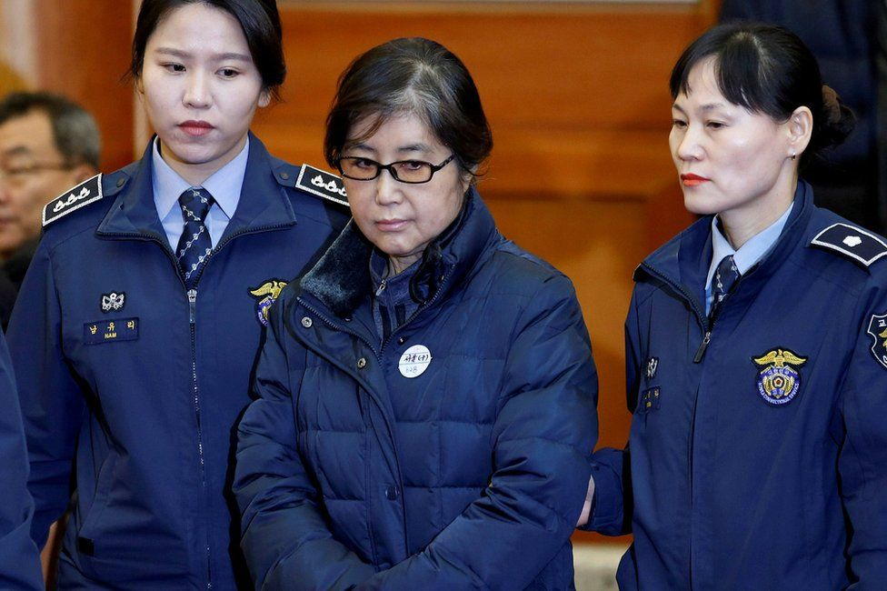 Choi Soon-sil, the woman at the centre of the South Korean political scandal and long-time friend of President Park Geun-hye, arrives for a hearing arguments for South Korean President Park Geun-hye's impeachment trial at the Constitutional Court in Seoul, South Korea, 16 January 2017.