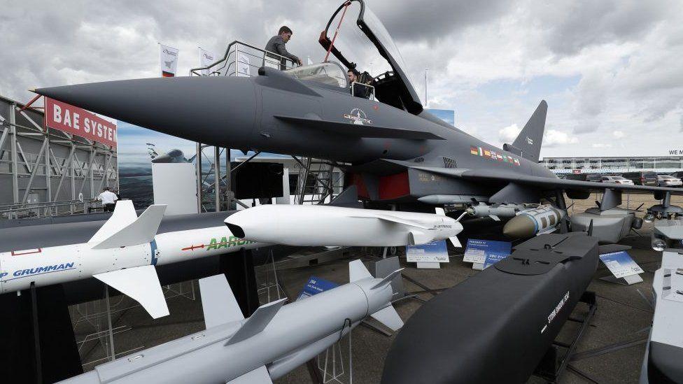 typhoon fighter at Farnborough Air show