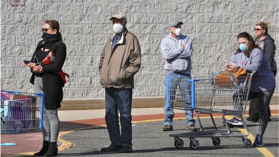 US relaxes guidance on masks outdoors thumbnail