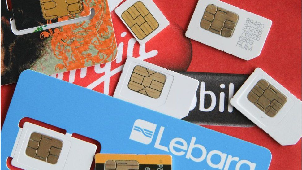 Mobile phone shop staff 'enabling Sim swap scams' - BBC News