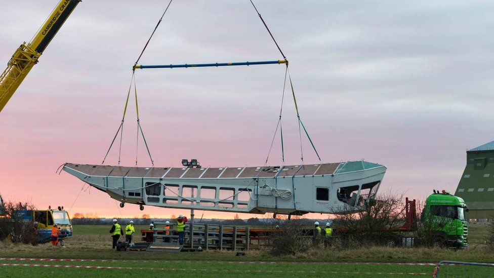 Parts of Airlander 10 being lifted off the ground