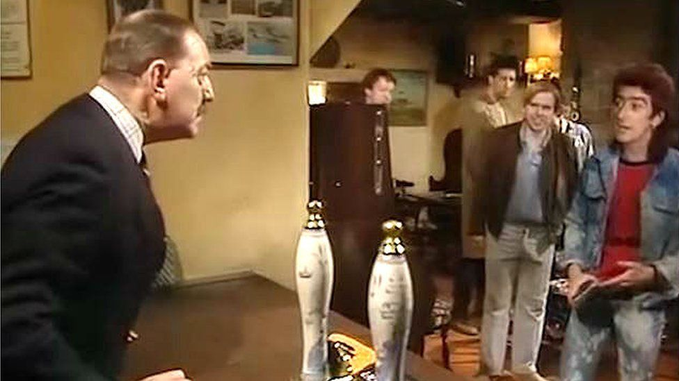 Arthur Pringle and other characters in Auf Wiedersehen, Pet