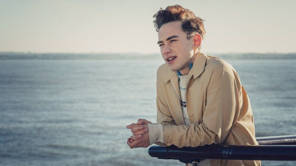 Olly Alexander as Ritchie Tozer in It's a Sin