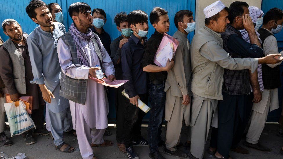People queuing a a the passport office in Kabul, Afghanistan