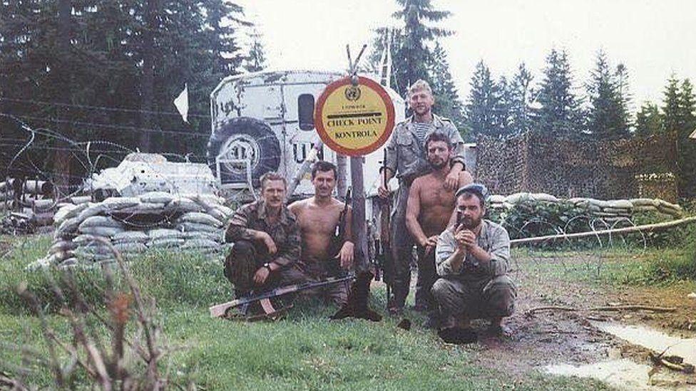Українські миротворці на одному з чекпойнтів біля Жепи