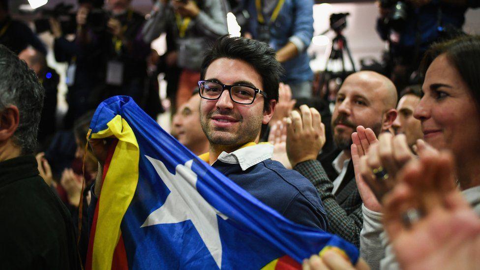 Junts Per Catalunya supporters celebrate on December 21, 2017 in Barcelona, Spain