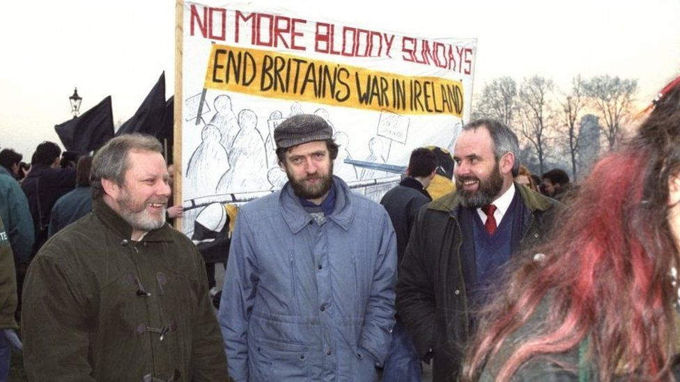 Jeremy Corbyn with Sinn Fein councillors in 1992