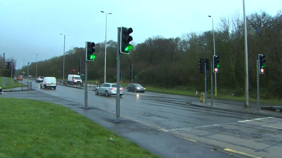 The A468 on the approach to Caerphilly was closed in both directions at Nantgarw Hill