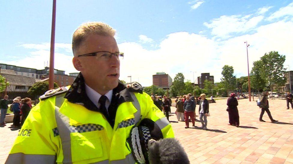 Chief Constable Simon Cole