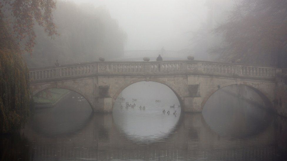 Clare Bridge, Cambridge, in thick fog