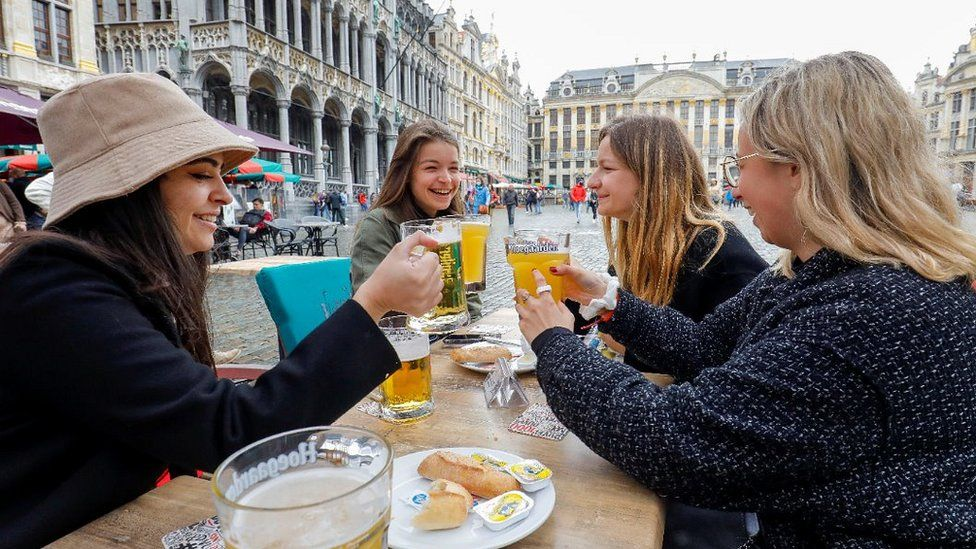Brussels group enjoying outdoor meal, 8 May 21