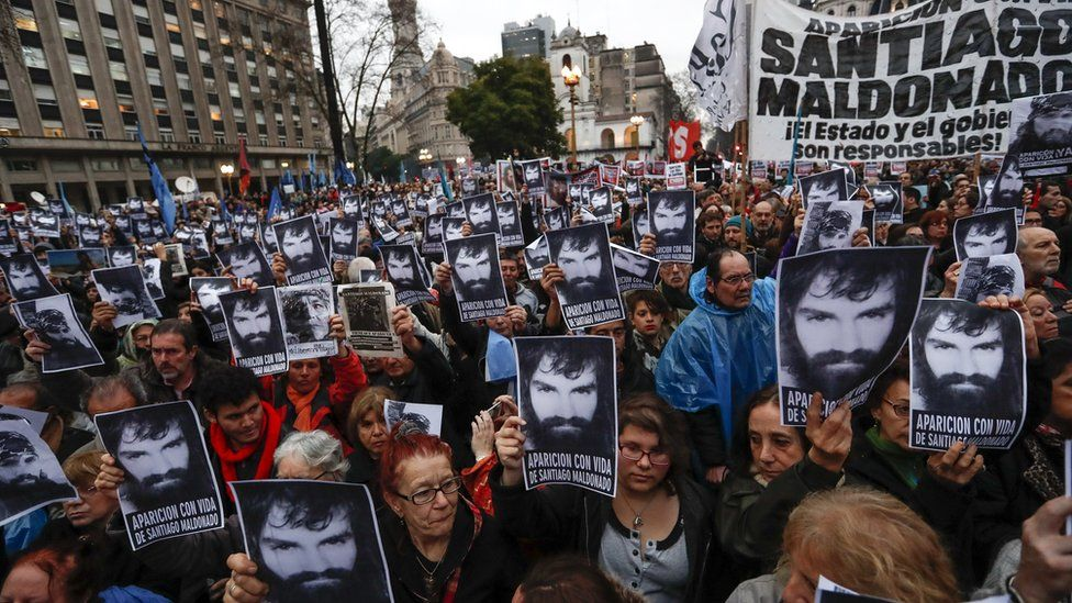 Thousands demonstrating for missing activist Santiago Maldonado in Buenos Aires on 11 August