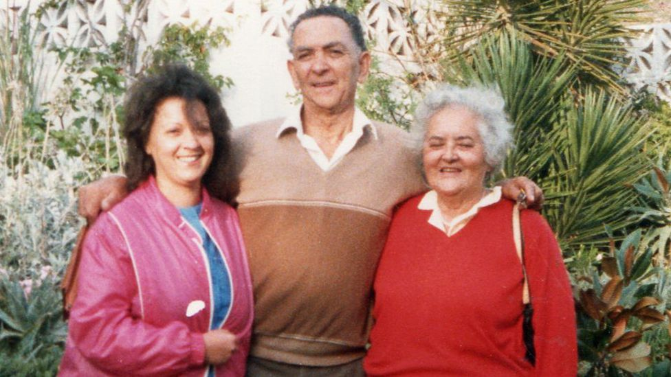 Norma with Alan Francis' parents
