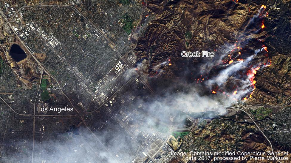 Creek fire near lA, satellite image