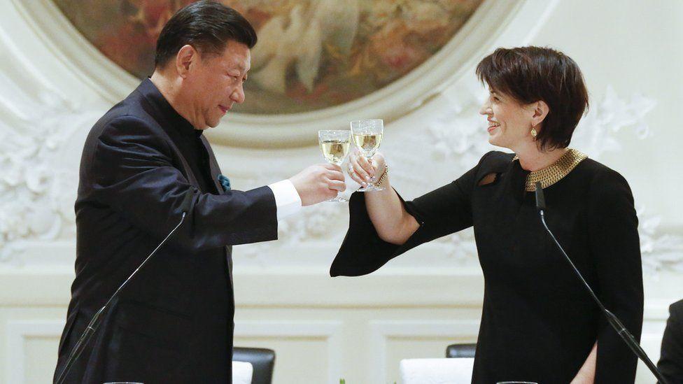 Chinese President Xi Jinping and Swiss President Doris Leuthard