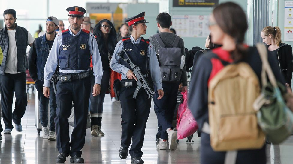 Police at Barcelona airport, 22 Mar 16