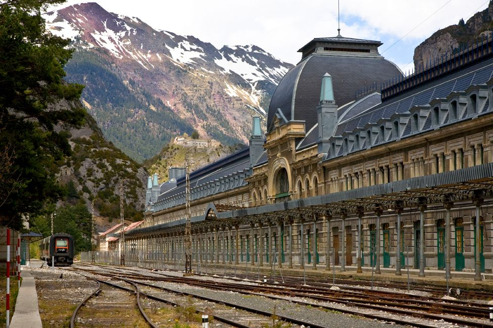Exterior picture of Canfranc