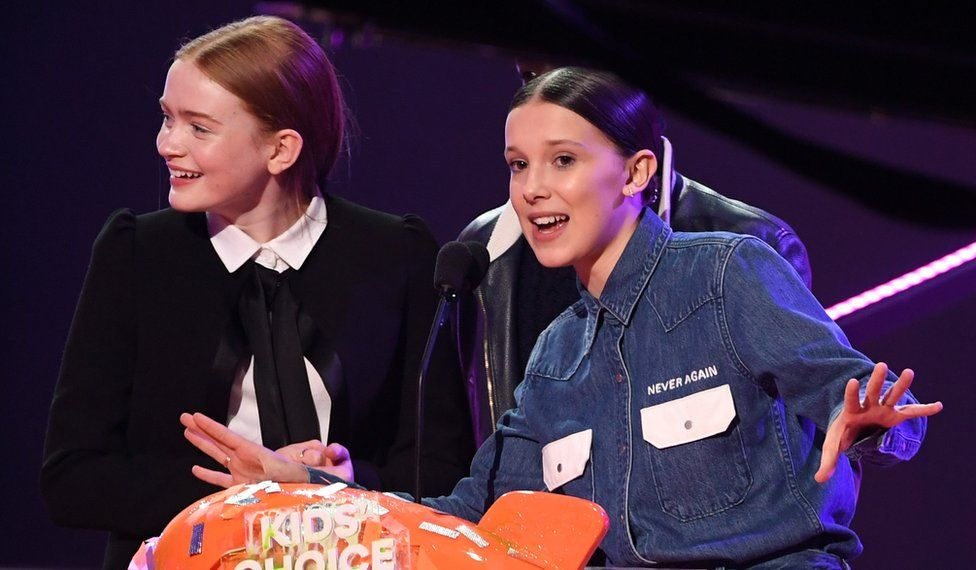 Sadie Sink and Millie Bobby Brown at the Nickelodeon Kids' Choice Awards in March